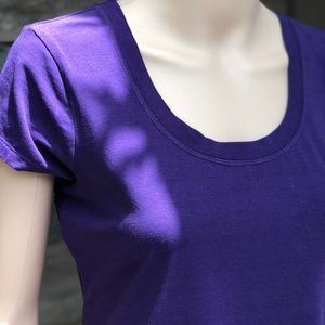 ✨4 for $20✨ Kenneth Cole Purple T Shirt